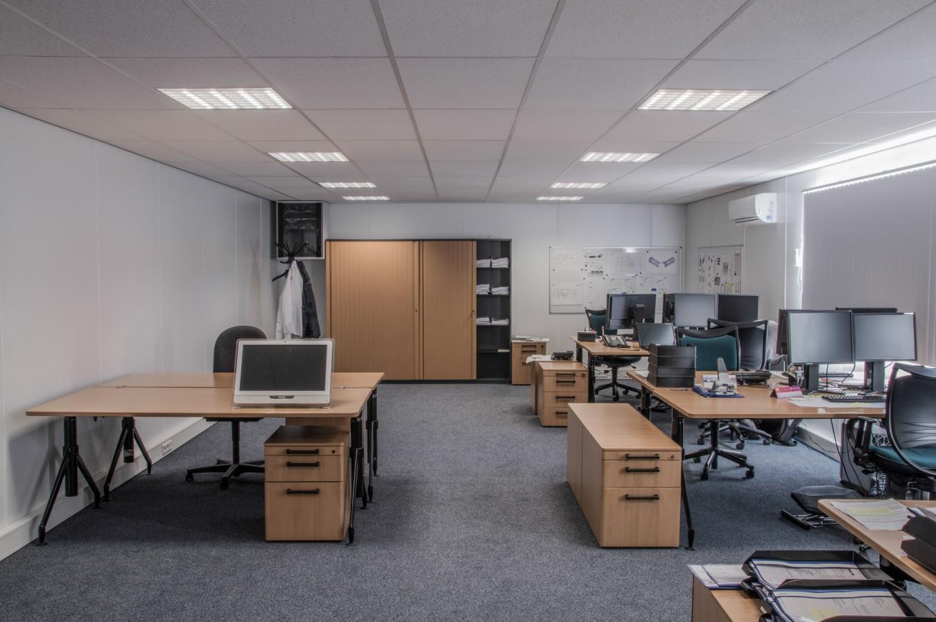 In tens groep nieuw kantoor - Ontwerp huis kantoor ...