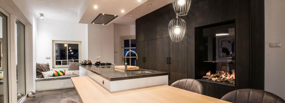 Keuken Eindhoven met doorkijk gashaard